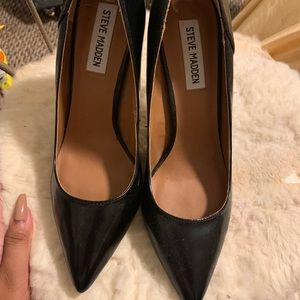 Steve Madden Shoes - Pointed toe Steve Madden heels